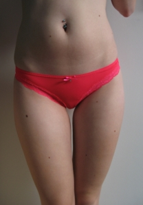 neon pink stretchy thong 018 £13
